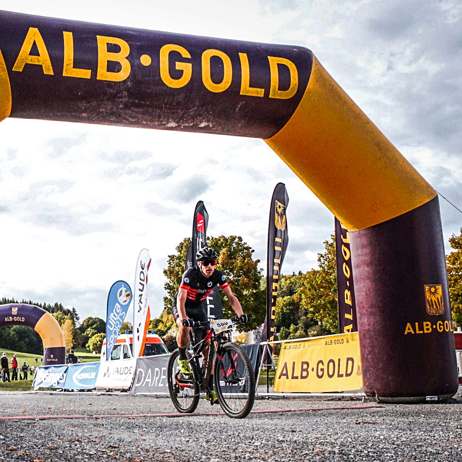 ALB-GOLD TROPHY